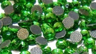 1000 Strass thermocollant SS10 couleur Vert