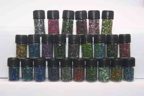 25 000 Strass thermocollant en flacon SS06 (1 à 2mm) 25 couleurs differentes